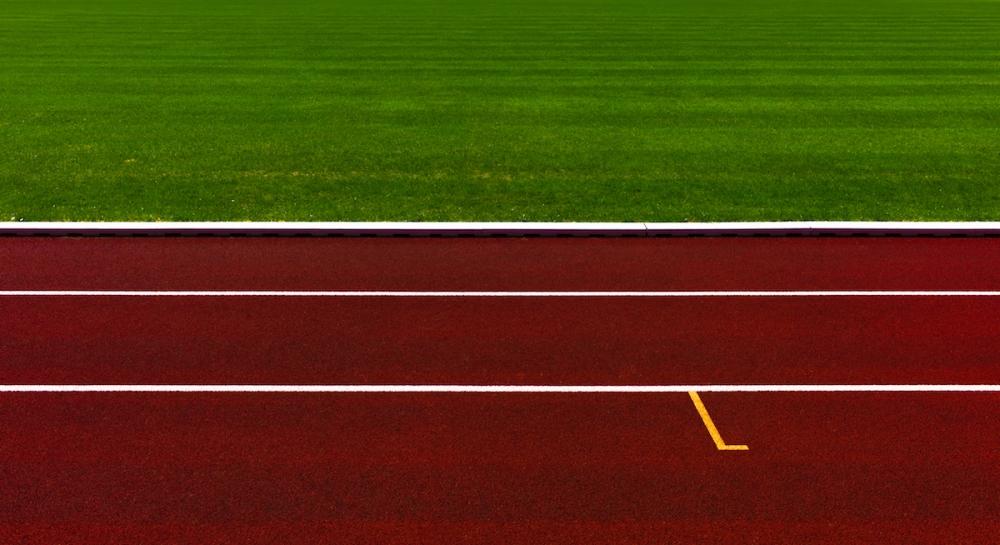 L1191066-Bearbeitet-2-Bearbeitet-1 stadion bahn farblich optimiert