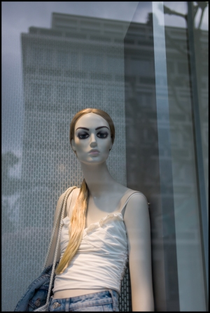 Website-L1210482-#other #color #mannequin #hansmartindoelz